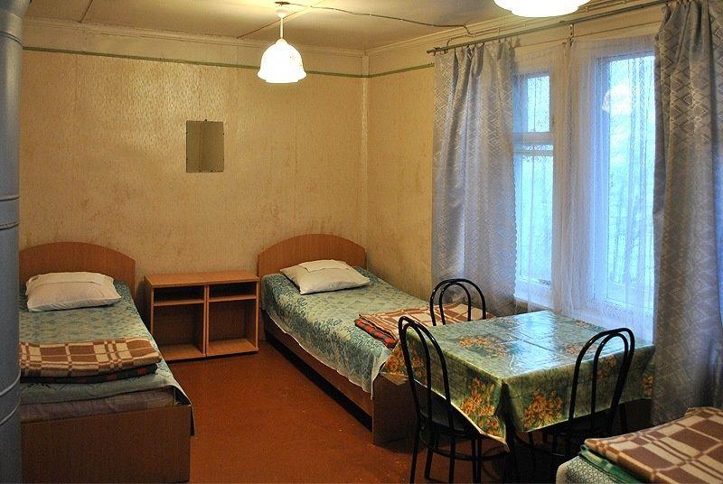 База отдыха «Манола» Ленинградская область 4-местный номер в рыбацком доме, фото 2