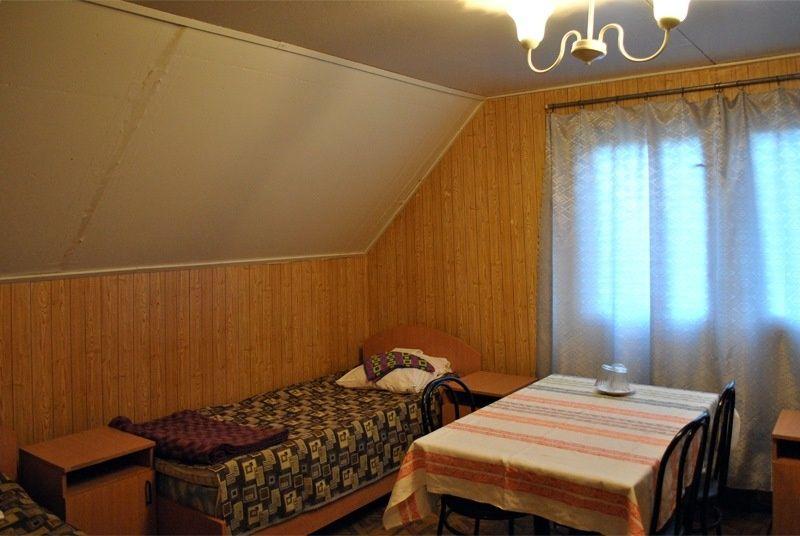 База отдыха «Манола» Ленинградская область 2-местный номер в коттедже, фото 2