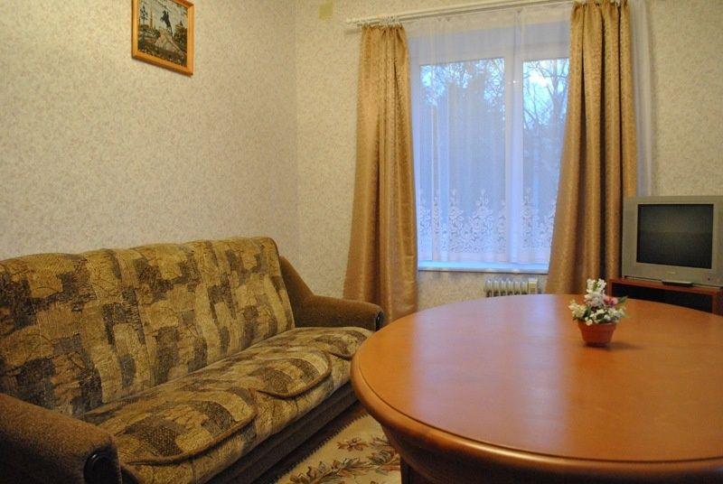 База отдыха «Манола» Ленинградская область Люкс 2-х комнатный, фото 3