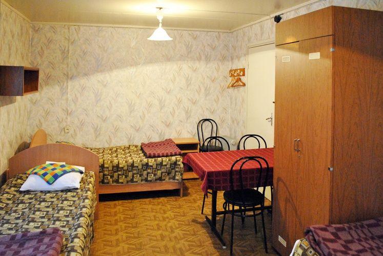 База отдыха «Манола» Ленинградская область 4-местный номер в коттедже, фото 2