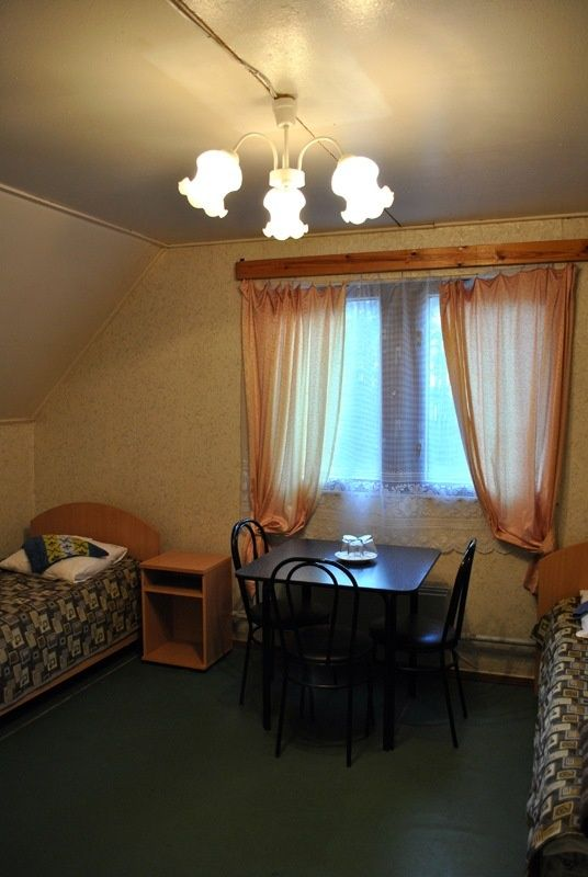 База отдыха «Манола» Ленинградская область 2-местный номер в коттедже, фото 3