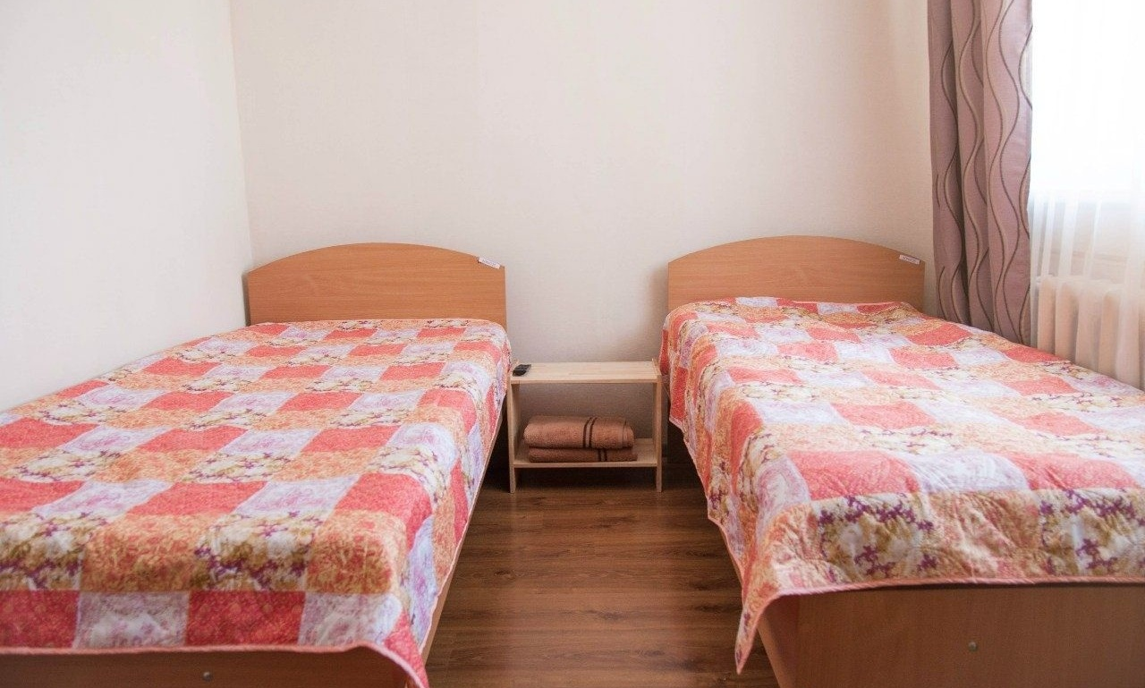 Туристический комплекс «Камские дали» Удмуртская Республика Номер 2-местный в гостинице «Теремок», фото 2