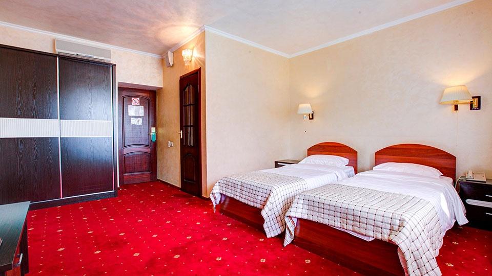 Отель «Голицын клуб» Московская область Номер «Комфорт» с двумя кроватями, фото 2