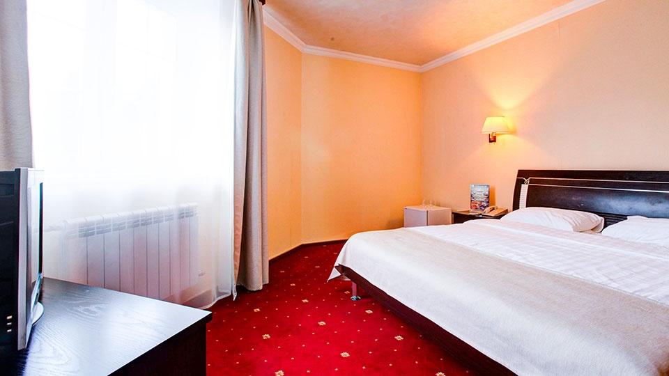 Отель «Голицын клуб» Московская область Номер «Полулюкс», фото 2