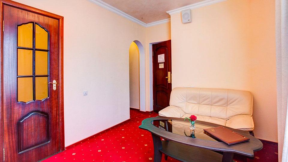 Отель «Голицын клуб» Московская область Номер «Полулюкс», фото 7