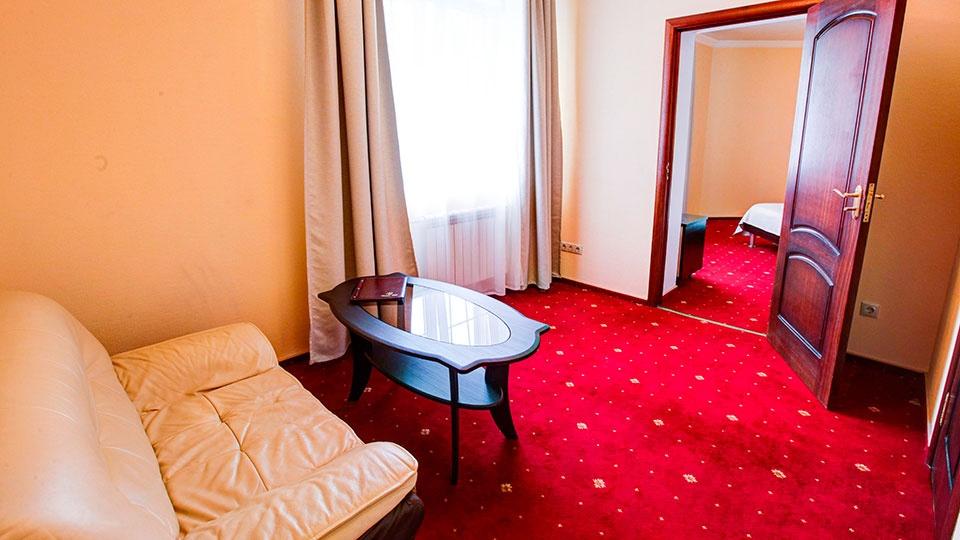 Отель «Голицын клуб» Московская область Номер «Полулюкс», фото 6