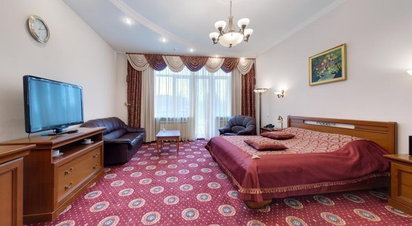 """Парк-отель """"Ревиталь"""" Московская область Люкс 1-комнатный, фото 1"""