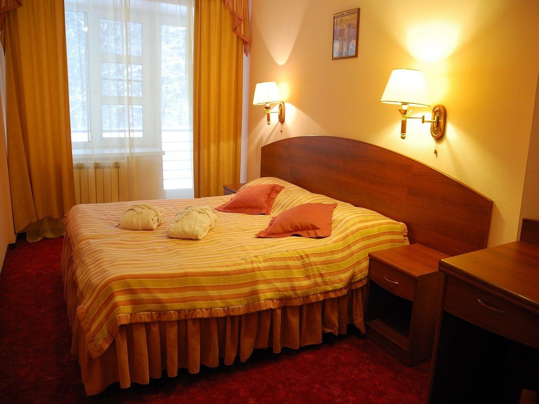 """Отель """"Тропикана"""" Московская область Люкс 2-х комнатный , фото 1"""