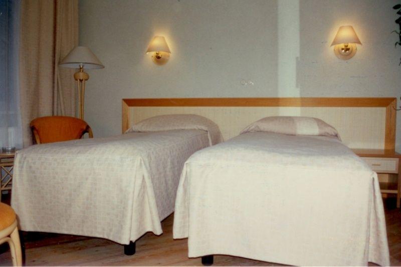 """Загородный отель """"Тирс"""" Тверская область Стандартный 2-х местный номер с видом на реку, фото 1"""