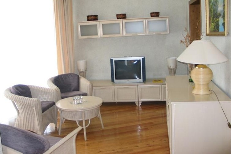 Загородный отель «Тирс» Тверская область 3-комнатный 4-местный номер с видом на реку (D1, D4), фото 3