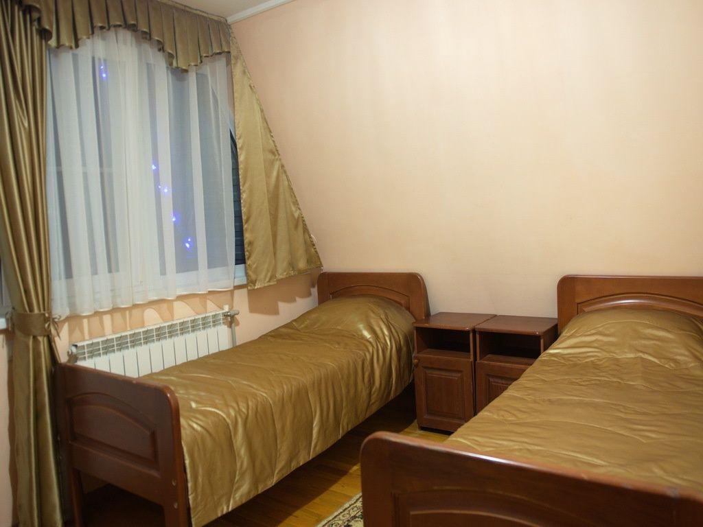 """База отдыха """"Аква-Вита"""" Краснодарский край 1-комнатный номер """"стандарт"""" (2 места), фото 1"""
