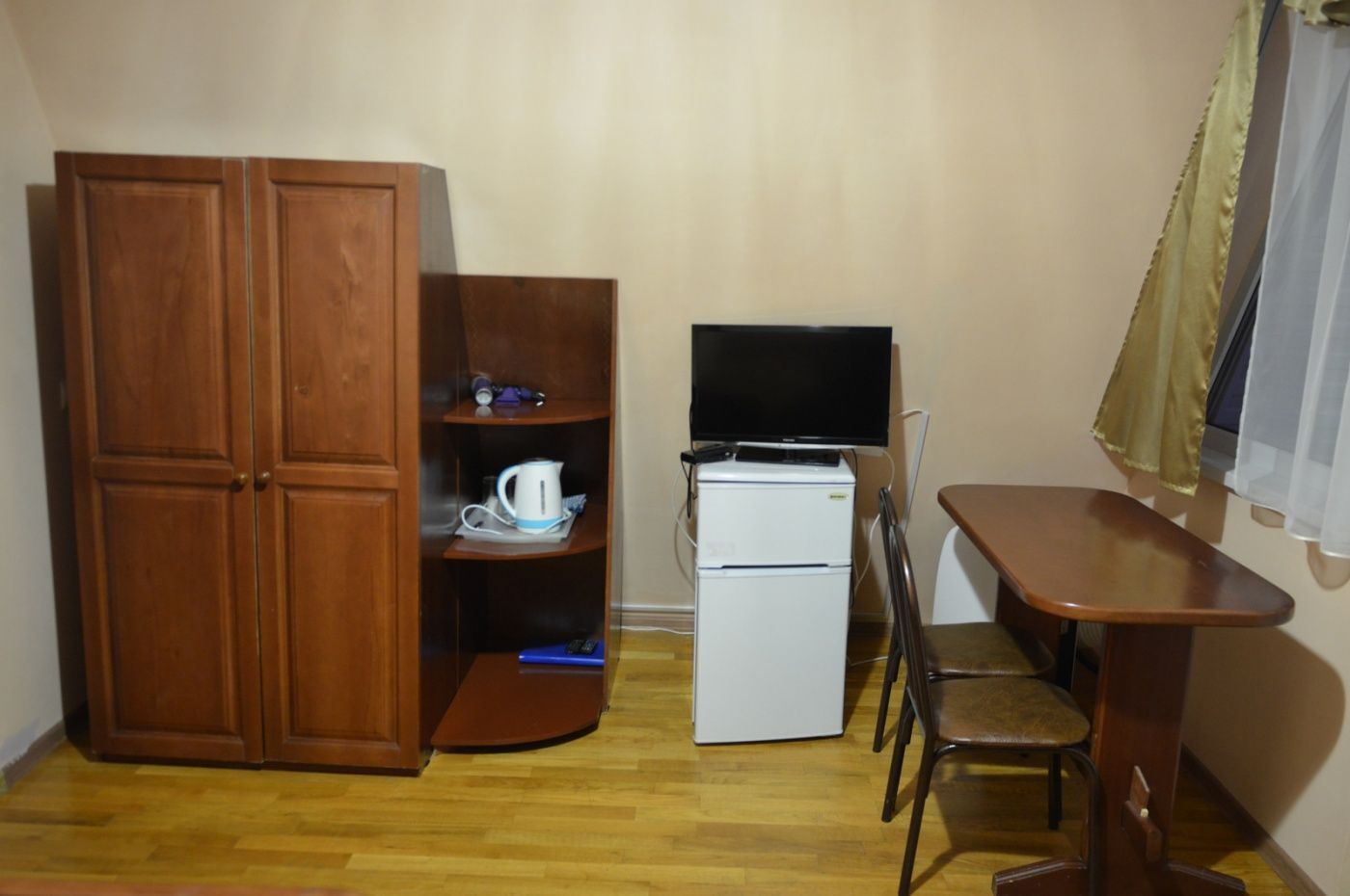 """База отдыха """"Аква-Вита"""" Краснодарский край 1-комнатный номер """"стандарт"""" (2 места), фото 3"""