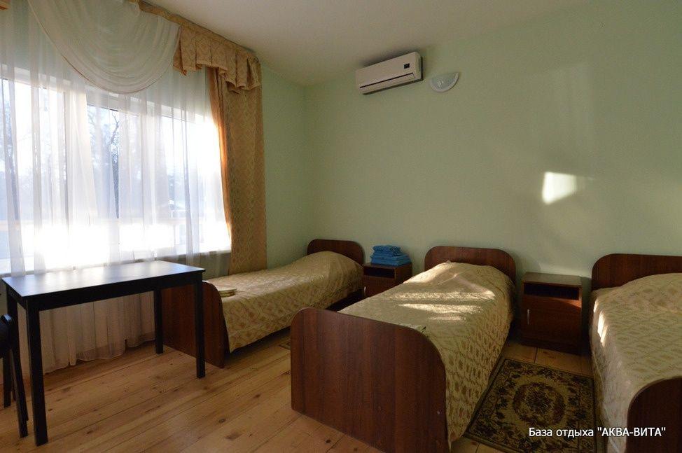 """База отдыха """"Аква-Вита"""" Краснодарский край 1-комнатный номер """"стандарт"""" (3 спальных места), фото 2"""