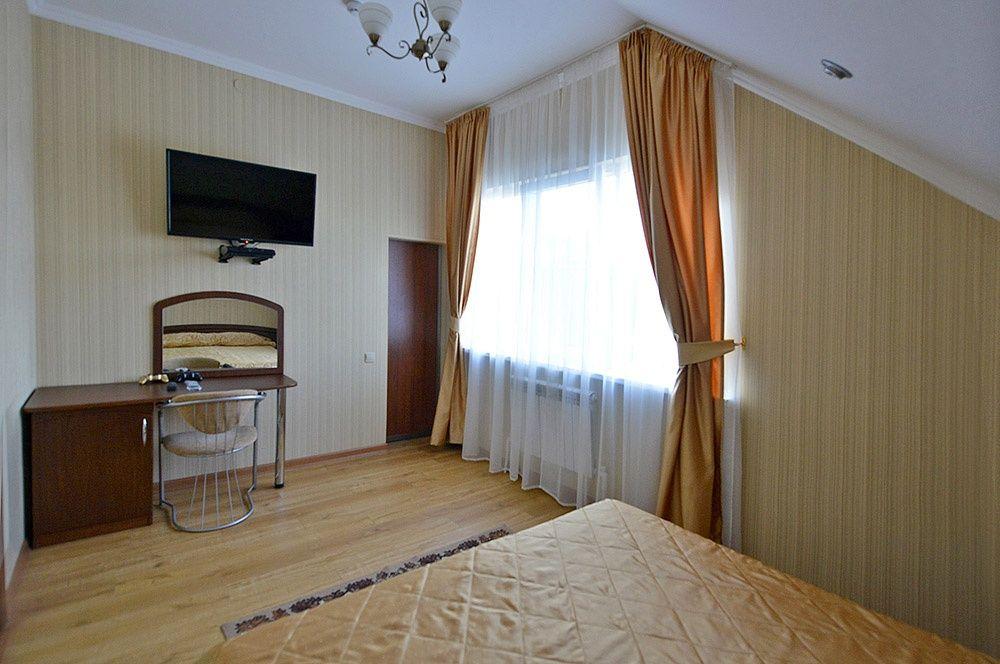 """База отдыха """"Аква-Вита"""" Краснодарский край 3-комнатный номер """"повышенной комфортности"""" (4 спальных места), фото 3"""