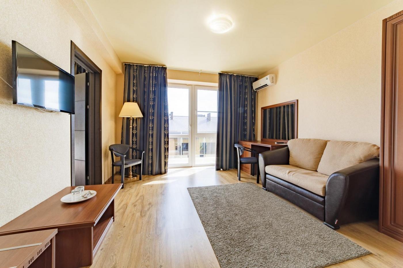 Отель «Relax» Краснодарский край Lux 2-комнатный, фото 3