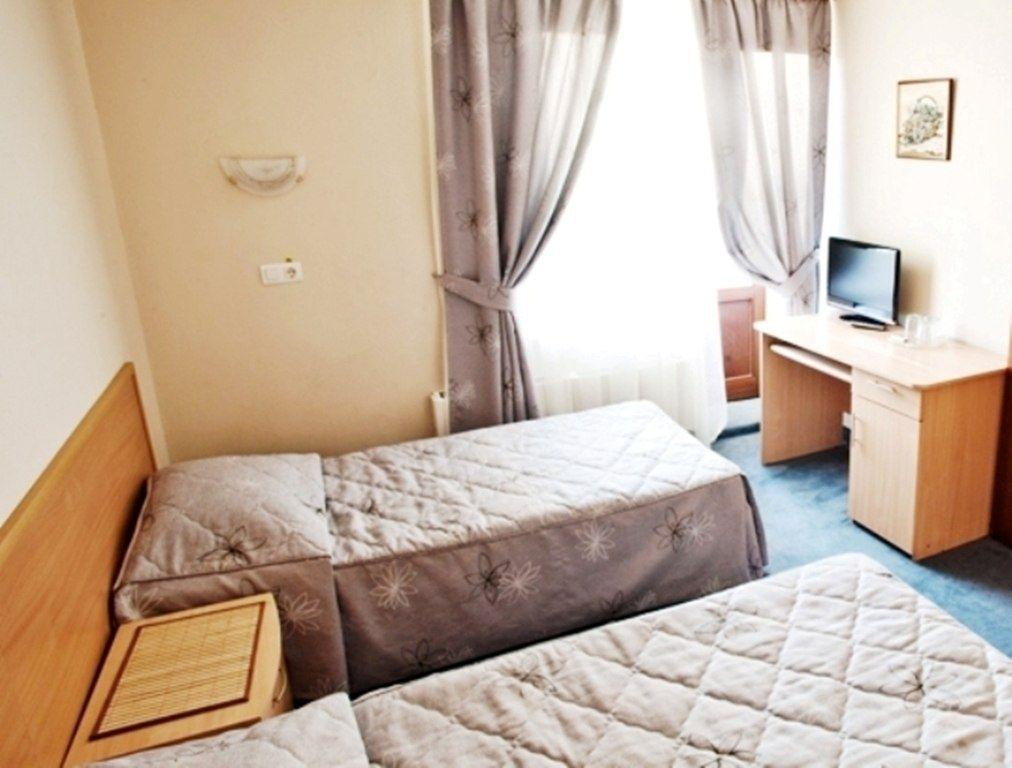 """Парк-отель """"Олимпиец"""" Московская область 3-местный стандарт, фото 2"""