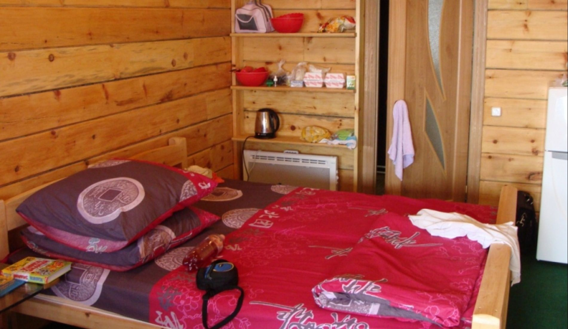"База отдыха ""Маяк"" Приморский край 3-х местная комната в 2-х этажном доме, фото 2"