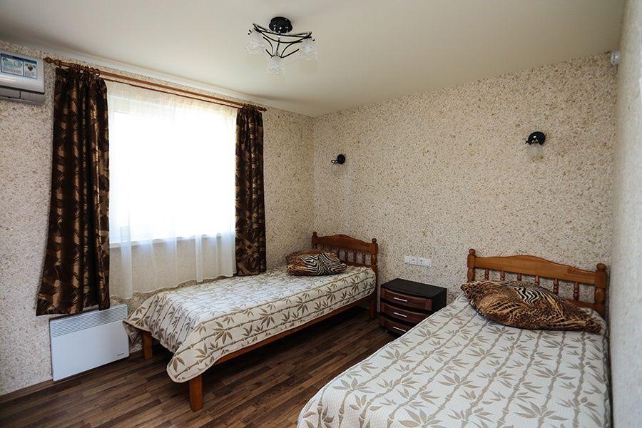 База отдыха «Золотые барханы» Астраханская область 2-местный номер повышенной комфортности (3 линия), фото 2