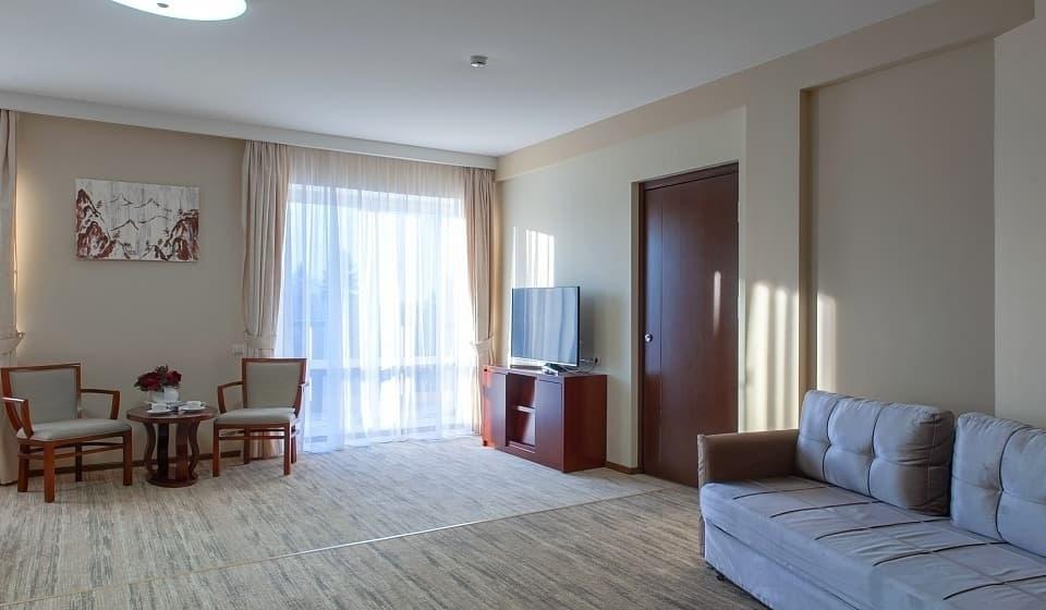 Парк-отель «Пересвет» Московская область Номер «Джуниор сьюит» с сауной, фото 3