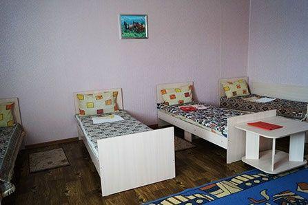 Гостиница «Расул Кош-Агач» Республика Алтай Шестиместный номер, фото 1