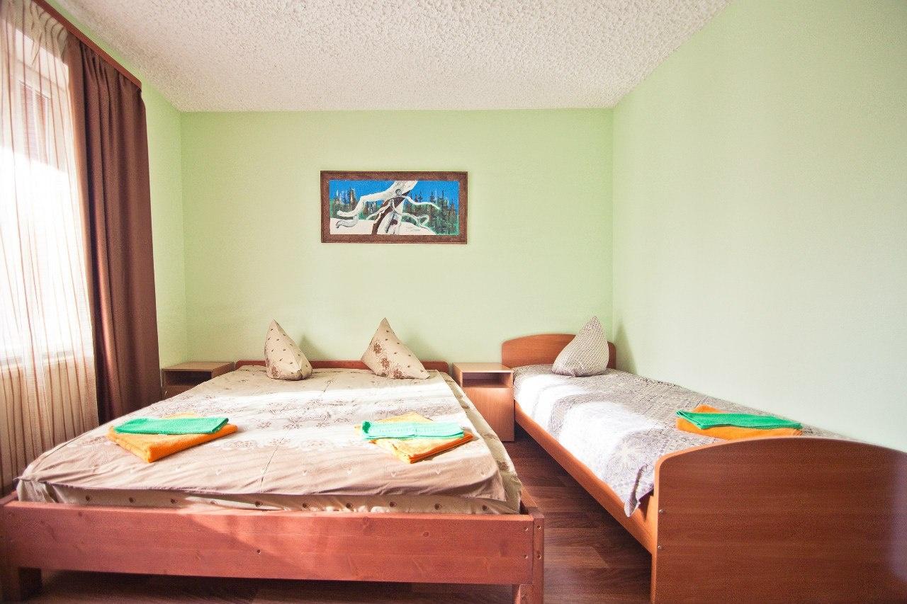 Турбаза «Здоровье» Мурманская область 3-местный номер, фото 1