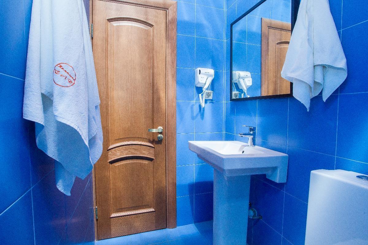 База отдыха «Самый лучший день» Московская область Стандартный номер с кроватью «King-size» , фото 4
