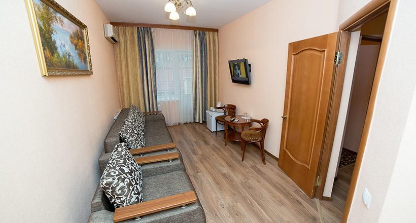 База отдыха «Улыбка» Белгородская область Номер «Люкс 2-комнатный», фото 6