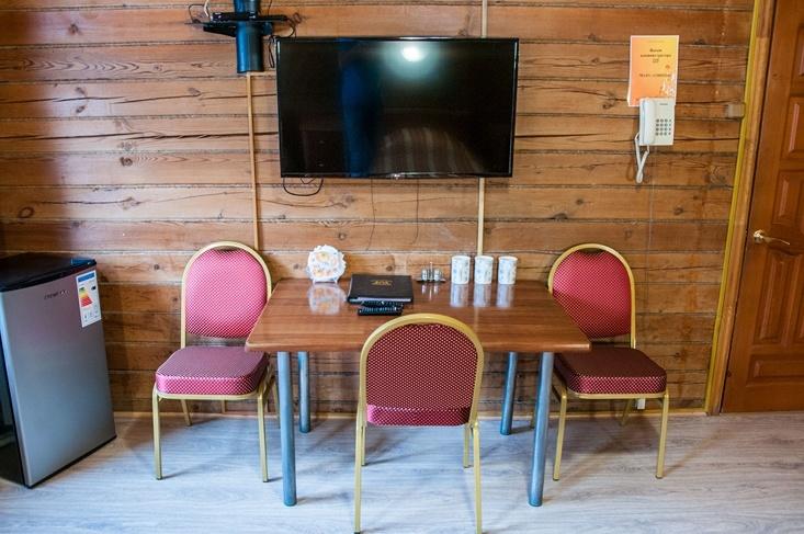 Мотель «Покровский медведь» Владимирская область Номер «Полулюкс» 3-местный № 2, 3 комплекс № 1, фото 3