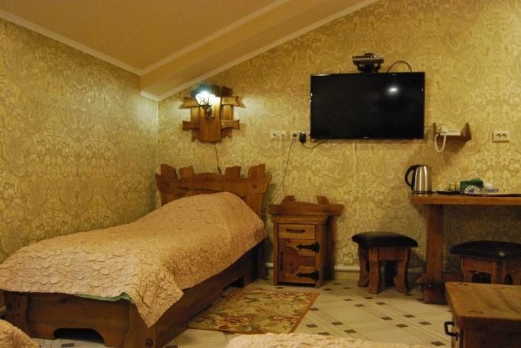 Мотель «Покровский медведь» Владимирская область Номер «Люкс» 3-местный №4,5,11 комплекс №3 , фото 3