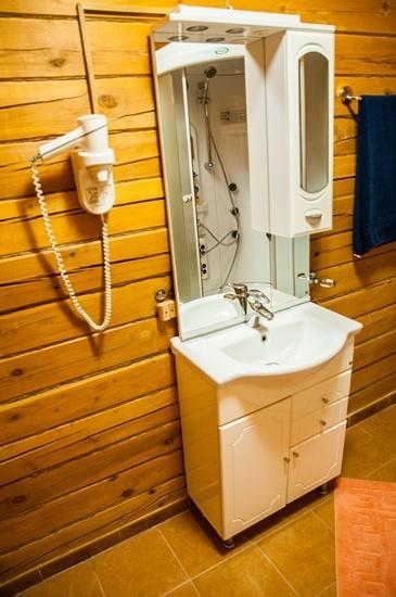Мотель «Покровский медведь» Владимирская область Номер «Люкс» 2-местный №2,3,4 комплекс №2 , фото 10