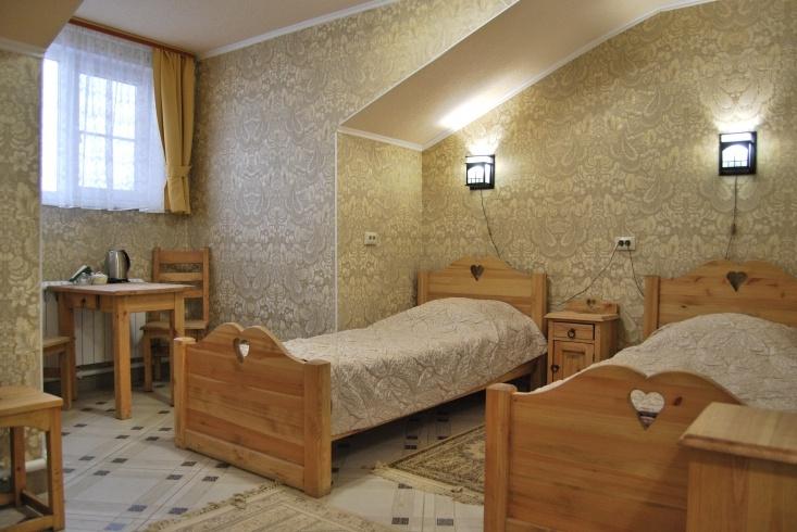 Мотель «Покровский медведь» Владимирская область Номер «Люкс» 3-местный № 4, 5, 11 комплекс № 3 , фото 1