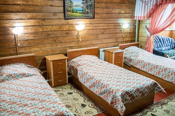 Мотель «Покровский медведь» Владимирская область Номер «Полулюкс» 3-местный №4,6,7 комплекс №1 , фото 2