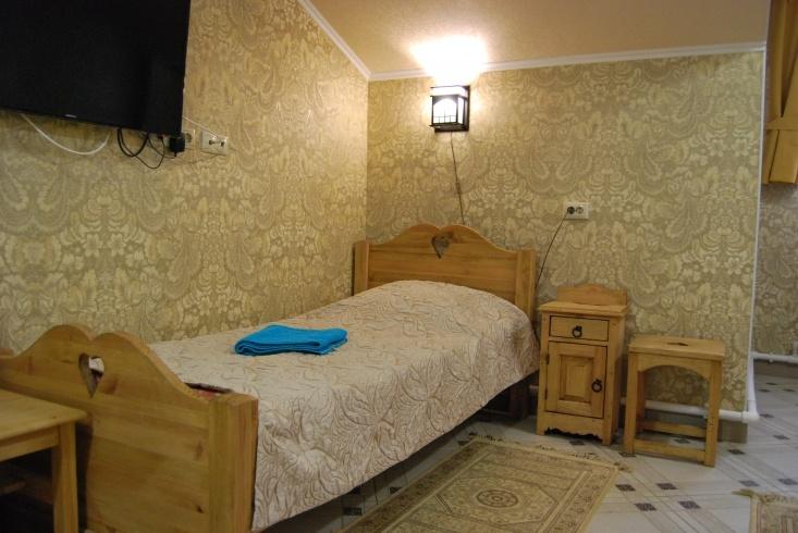 Мотель «Покровский медведь» Владимирская область Номер «Люкс» 3-местный №4,5,11 комплекс №3 , фото 6
