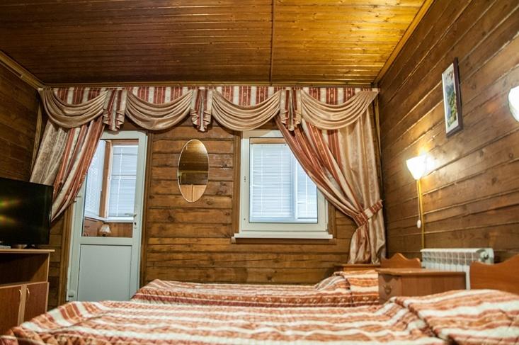 Мотель «Покровский медведь» Владимирская область Номер «Полулюкс» 4-местный №1 комплекс №1, фото 2