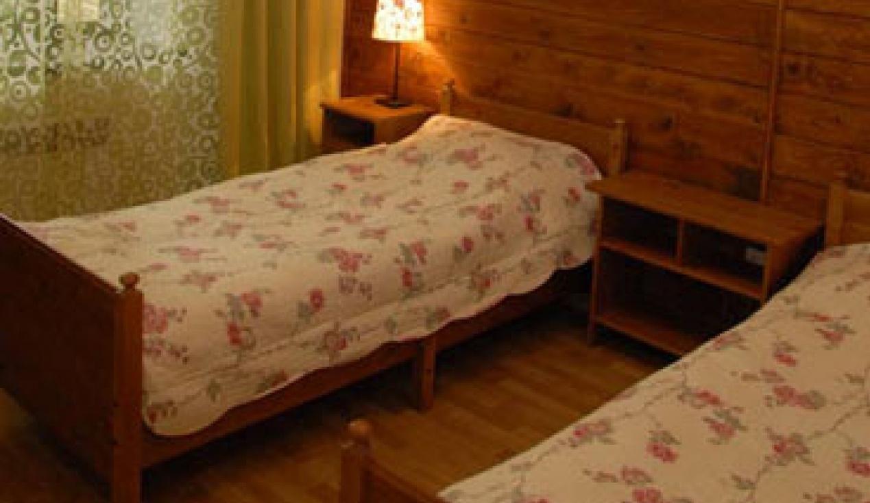 Гостиничный комплекс «Две реки» Белгородская область Номер 4-местный в корпусе «Медовый», фото 2