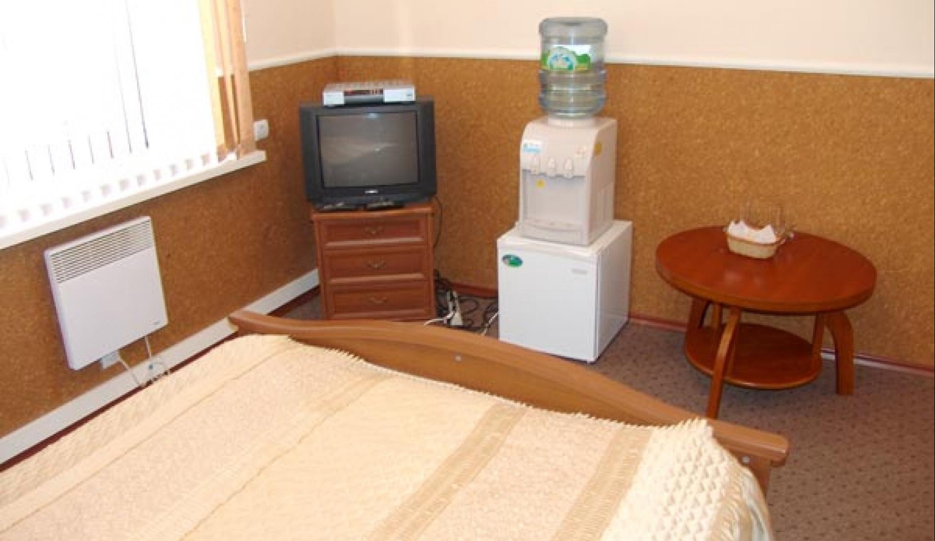 Гостиничный комплекс «Две реки» Белгородская область Номер 4-местный в корпусе «Таволга», фото 3