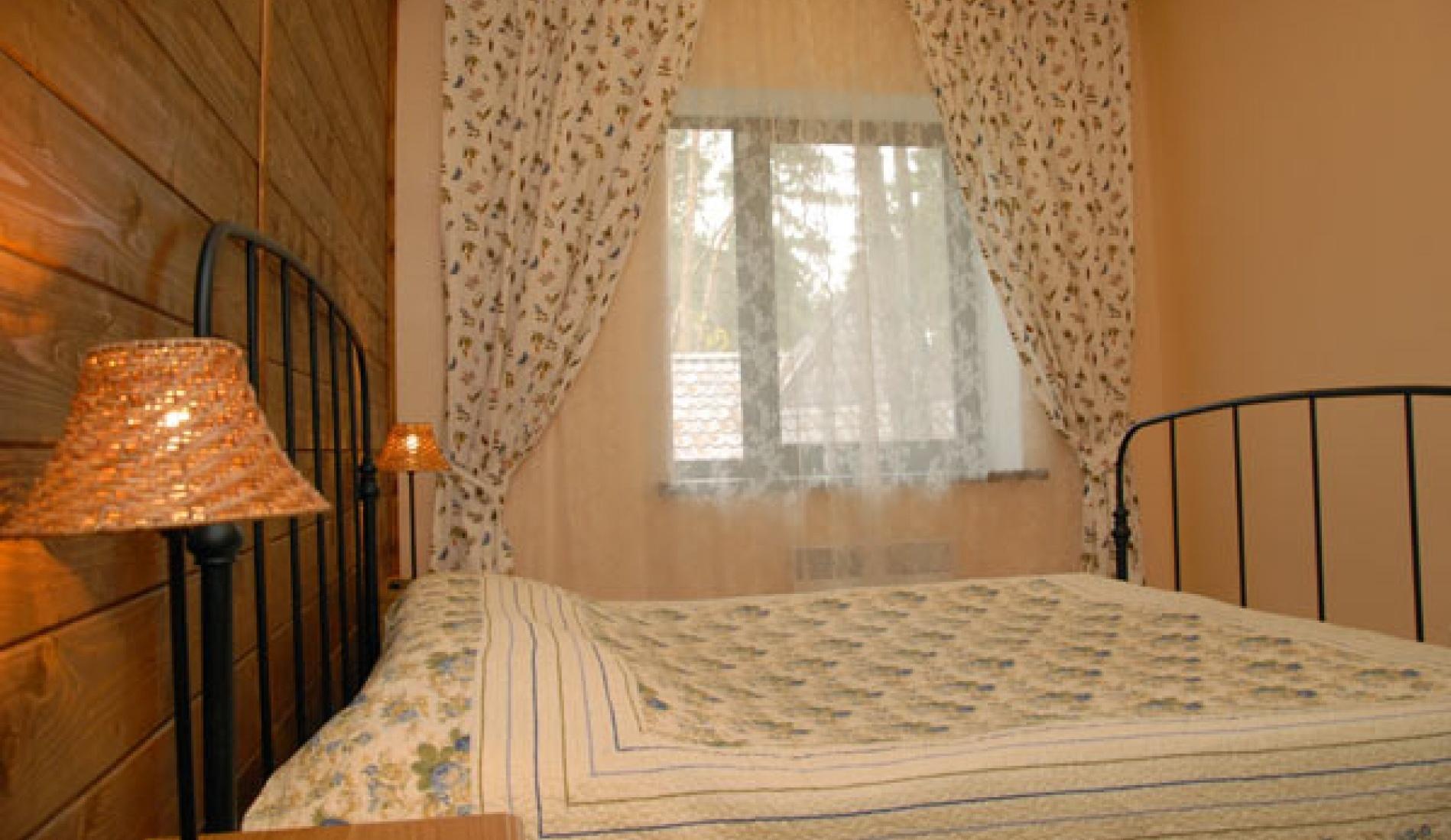 Гостиничный комплекс «Две реки» Белгородская область Номер 4-местный в корпусе «Медовый», фото 1