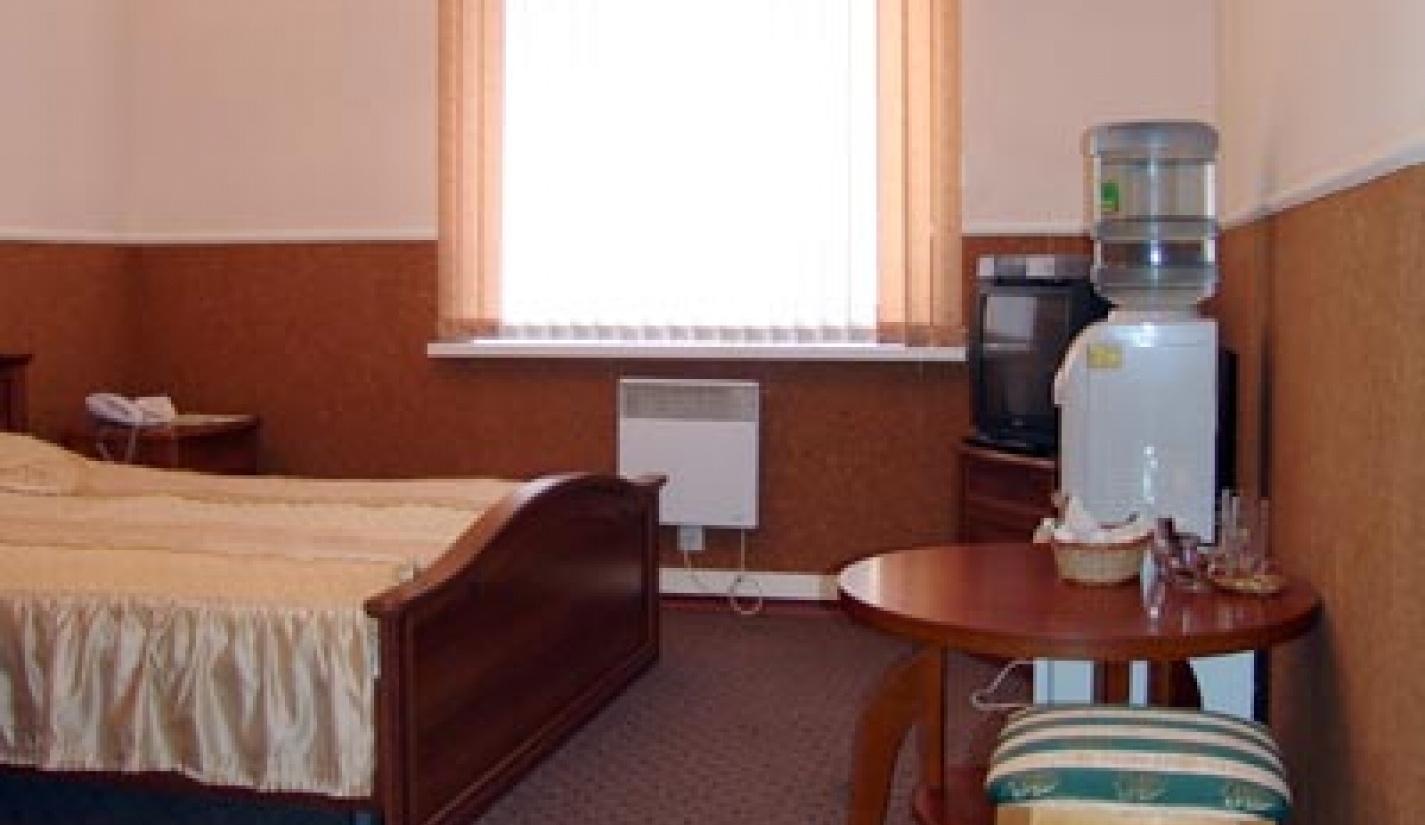 Гостиничный комплекс «Две реки» Белгородская область Номер 4-местный в корпусе «Таволга», фото 2