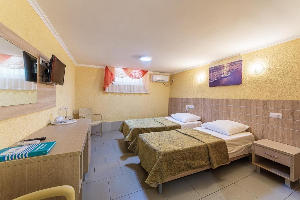 Парк-отель «Лазурный берег» Краснодарский край Стандарт 1 категории , фото 2