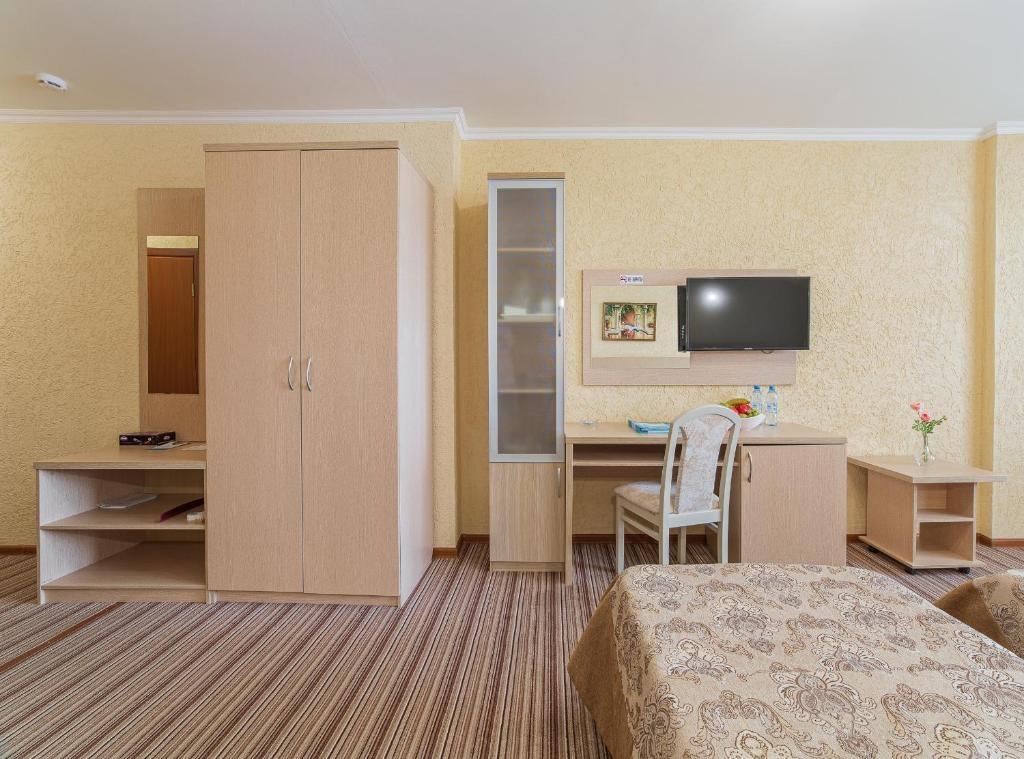 Парк-отель «Лазурный берег» Краснодарский край Джуниор, фото 3