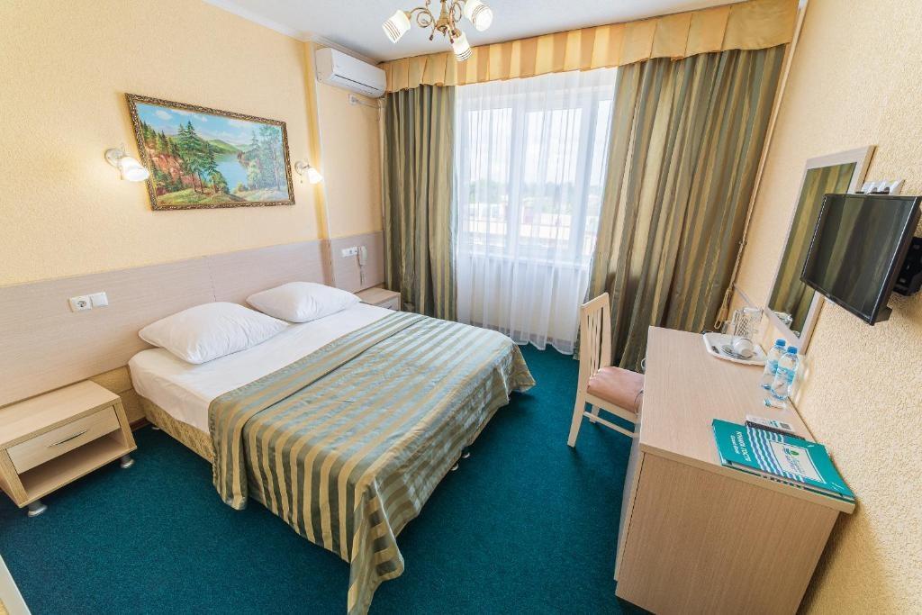 Парк-отель «Лазурный берег» Краснодарский край Стандарт 2-местный, фото 1