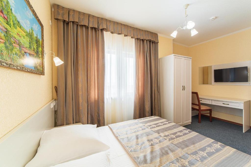 Парк-отель «Лазурный берег» Краснодарский край Люкс 2-комнатный , фото 3