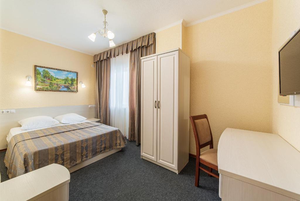 Парк-отель «Лазурный берег» Краснодарский край Люкс 2-комнатный , фото 1