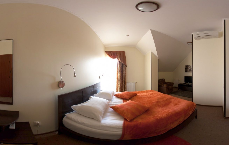 Отель «Альтримо» Калининградская область Номер «Семейный улучшенный», фото 1
