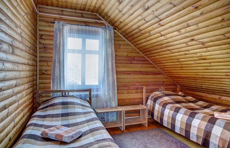 База отдыха «Белый Яр» Костромская область Номер №82 в гостинице (Дом №8) , фото 2