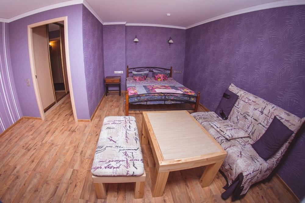 База отдыха «Лесная сказка» Воронежская область Номер 2-местный улучшенный (с одной кроватью и диваном), фото 3