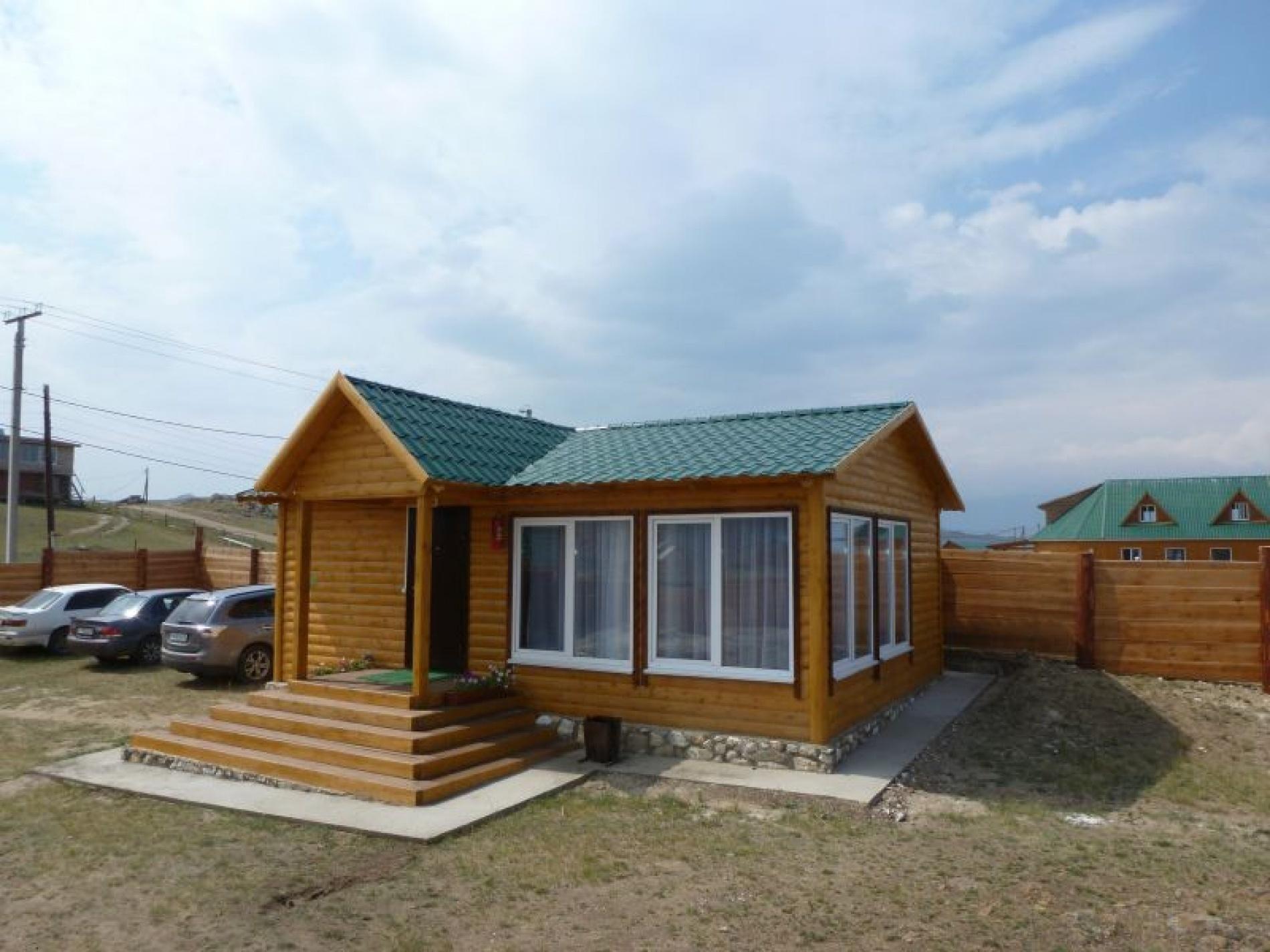 База отдыха «Ветер Странствий» Иркутская область Гостевые дома «Восток», «Запад», фото 1