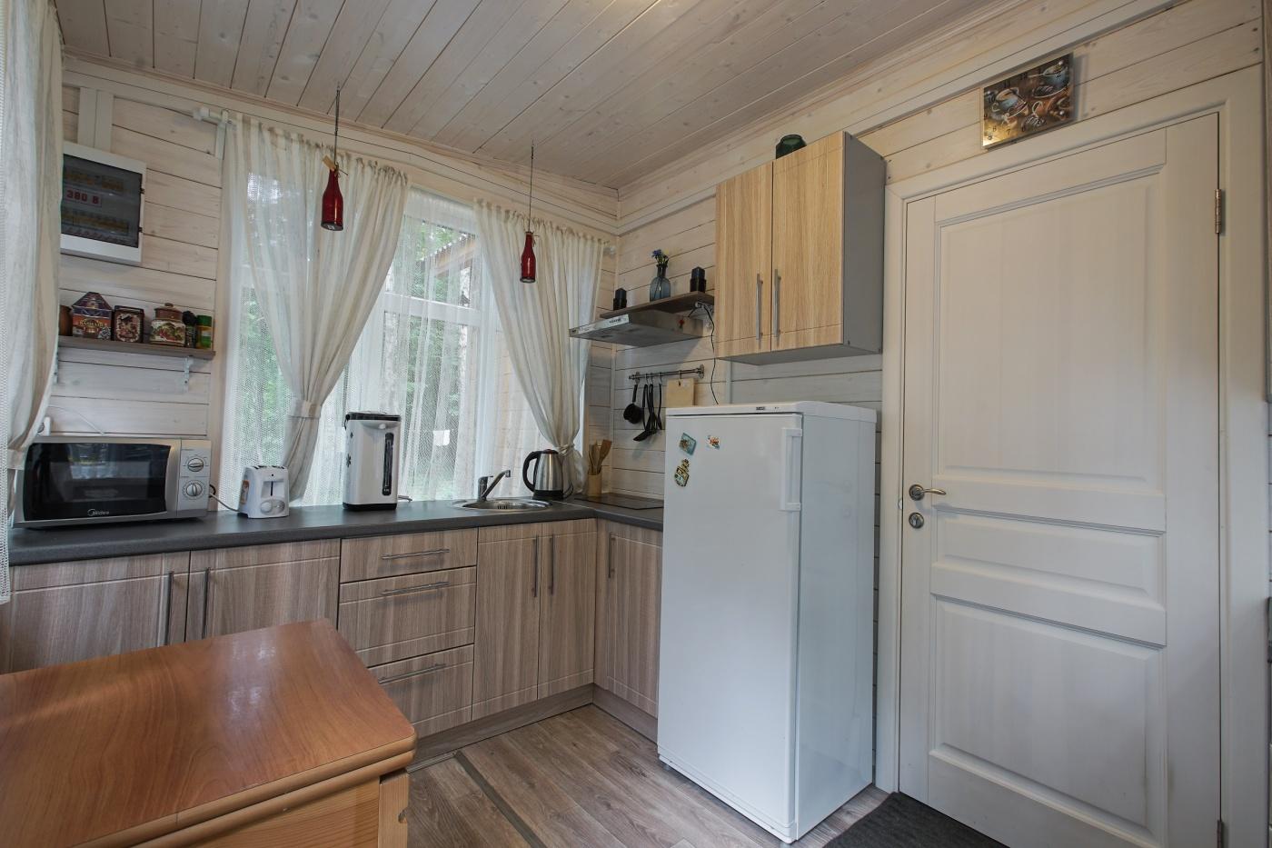 База отдыха «Ново Поле» Тульская область Большой гостевой дом с 4 спальнями, фото 8