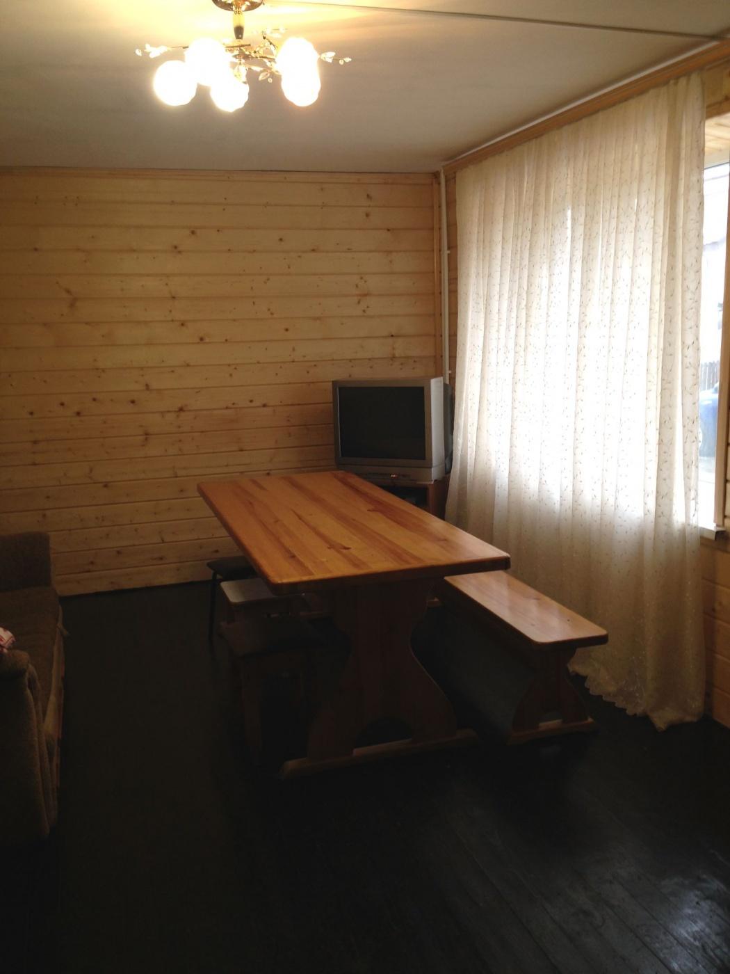 База отдыха «Полушкино» Рязанская область 5-местный номер в коттеджном комплексе «Приозерный» (1 спальня), фото 2