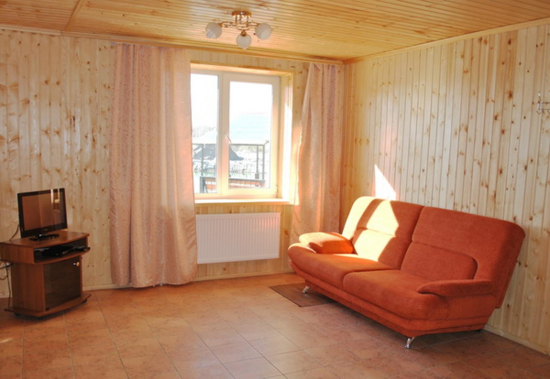 База отдыха «Полушкино» Рязанская область 8-местный номер в коттеджном комплексе «Приозерный» (3 спальни), фото 1